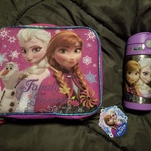 Disney Elsa and Anna Lunchbox and Thermos Frozen